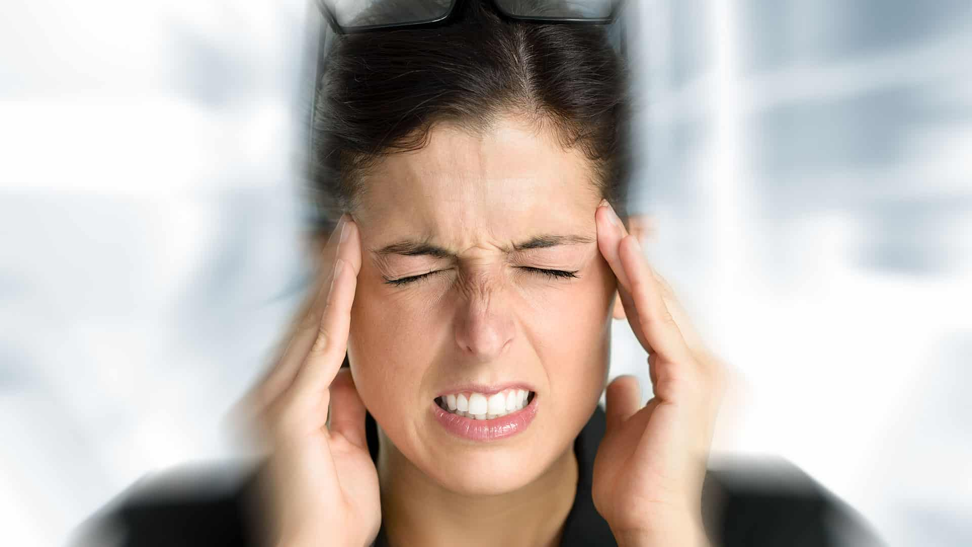 Migraine-Causes-Why-You-Suffer-When-Others-dont